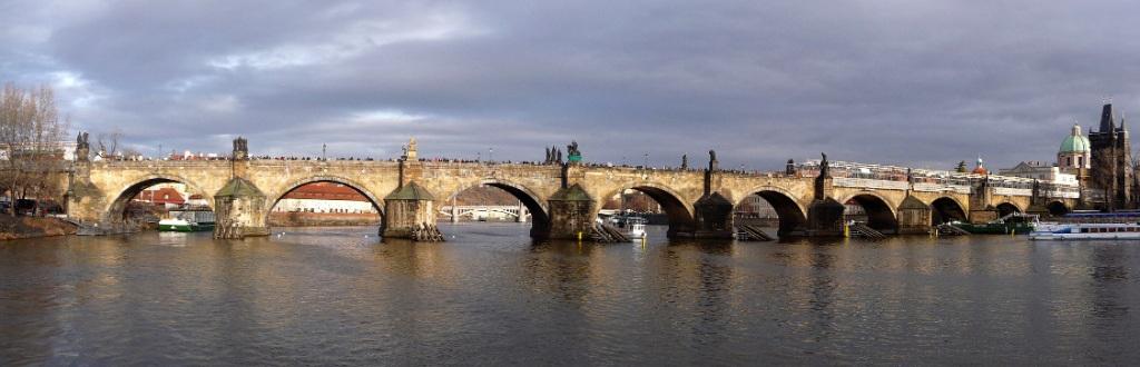 Panorama-karlsbrücke.xs